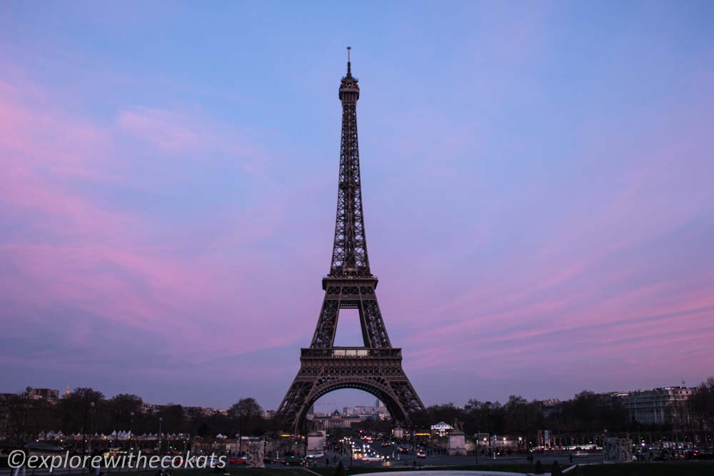Eiffel Tower at twilight