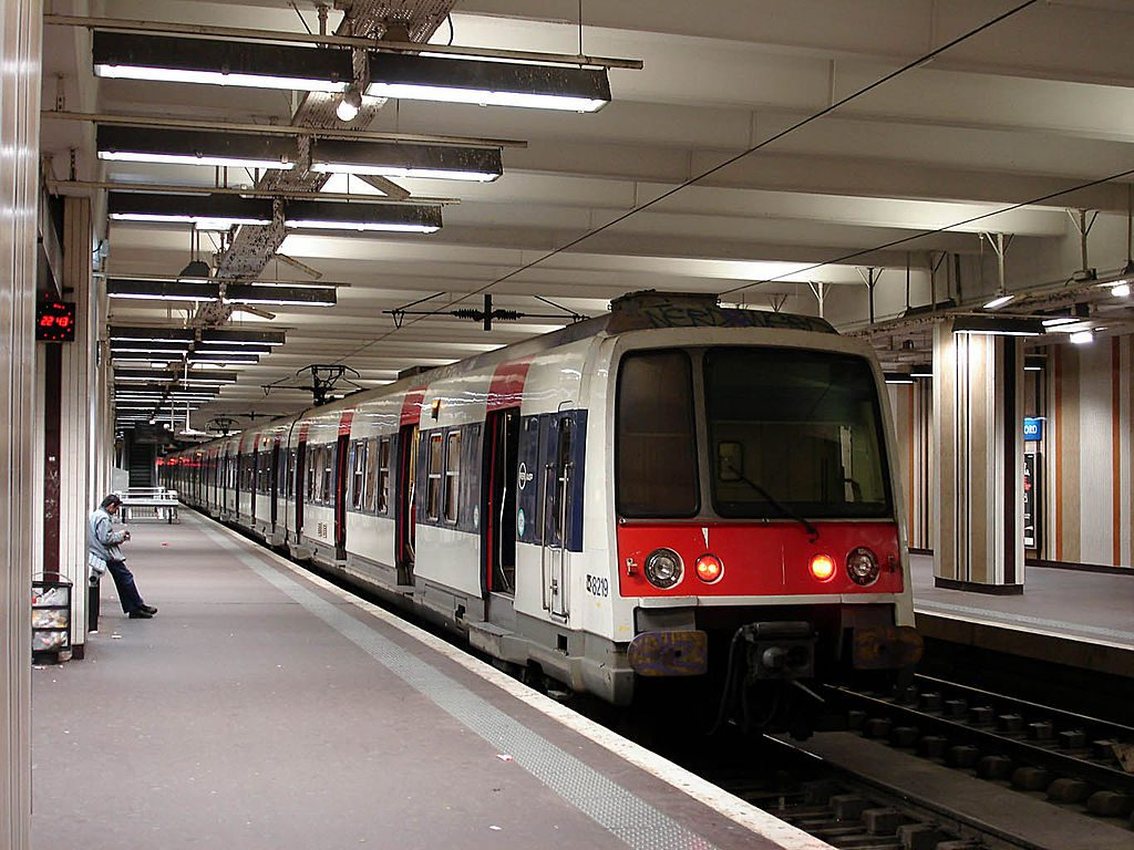 RER trains is one of the Paris highlights to get to the city from Airport